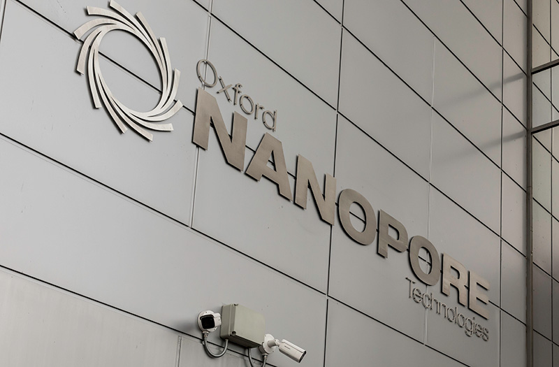 Oxford Nanopore Technologies logo on the side of the Gosling building at Oxford Science Park